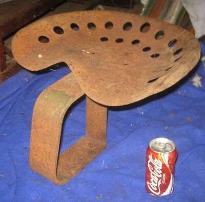 Antique Garden Cast Iron Home Farm Usa Griswold Tractor Seat Stand Holder Base