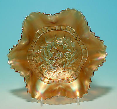 A Dugan Windflower Pattern Carnival Bowl .