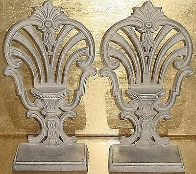 VICTORIAN STYLE Distressed Cast Metal BOOK ENDS Steampunk Home Library Office