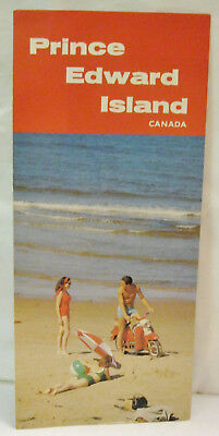 """Prince Edward Island Canada How to Get to the Island Says """"Come !"""" 1971"""