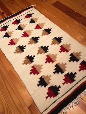 "Perfect Genuine NAVAJO GALLUP THROW, Handspun Wool, circa 1940, 18"" x 35"", NR!"
