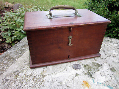 Vintage Sharp & Smith Medical Instrument Wood Hinged Box Finger Jointed