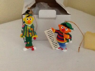 Groiler Sesame Street Bert And Ernie Ornaments