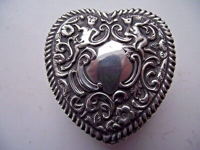 Victorian 1897 Sterling Silver Hallmarked Large Heart Shaped Jewellery Ring Box