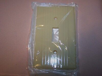 50's Mid Century Art Deco Bakelite NOS Ivory Ribbed Switch Plate Cover Leviton