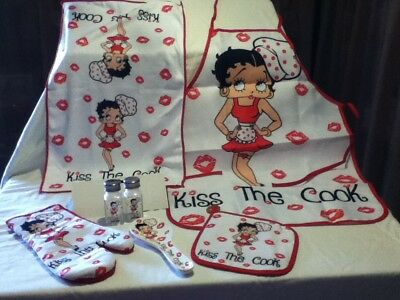 """Betty Boop 6 Pc. Kitchen Set - """"kiss The Cook'"""" -Brand New Style  -Great Price !"""