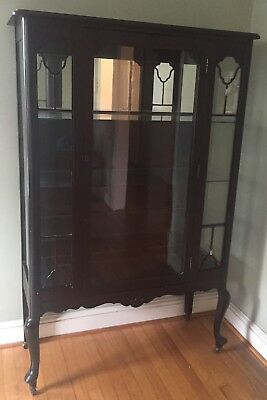 VINTAGE Dark Wood GLASS CURIO CHINA Cabinet With Light And Mirror Inside