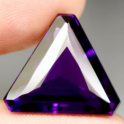 15.32 Ct Aaa! Purple Clr Change To Pink Brazilian Amethyst Triangle