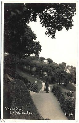 Early Real Photo Postcard . The Cliffs . Leigh On Sea . Essex . P/u 1929