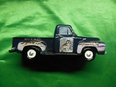 The Hamilton Collection Spirit of the Wild Ford Pickup truck wolf wolves #1938 $