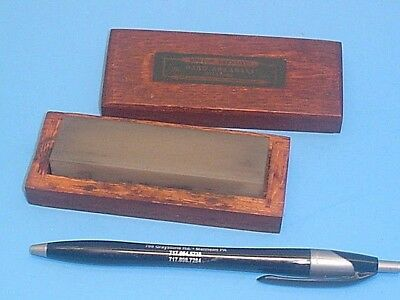 Nice Vintage Little Norton  Hard Arkansas Oilstone Sharpening Stone