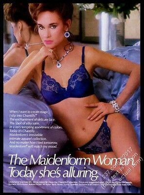 1985 Maidenform lingerie woman blue Chantilly lace bra panty sexy photo print ad