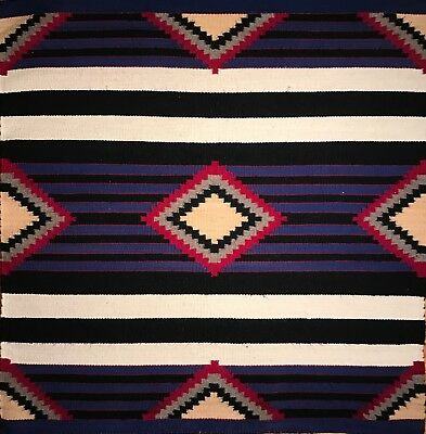 Navajo Third Phase Chief's Blanket, Handspun Wool, Beautiful Outlined Designs