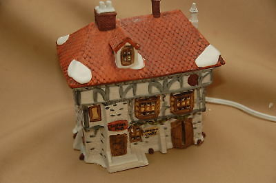 Dept 56 Dickens Lane Three Shops, Lodging, Livery, Tuttles Pub 1985
