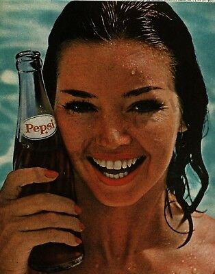 1962 PEPSI-COLA Pretty Girl wet hair just out of swimming pool VTG PRINT AD