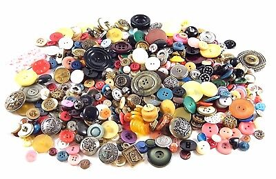 Lot Of Vintage Sewing Buttons Many Colors Sizes Shapes Military Bakelite? Metal