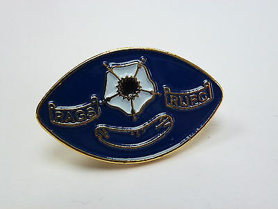 Rugby's Aged Gentlemen Rufc Official Lapel Pin Badge *rare*