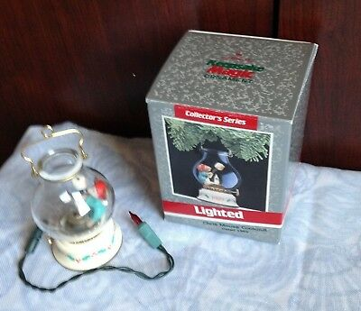 1989 hallmark lighted chris mouse cookout series ornament