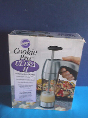 WILTON COOKIE PRO ULTRA II  cookie press NEW in BOX  Holiday Cookies