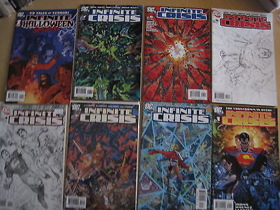 Infinite Crisis : Complete 7 Issue Series + Infinite Halloween & Holiday 1-Shots