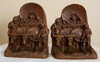 Vintage Syroco Wood Or Plaster? Painted Covered Wagon Western Book Ends