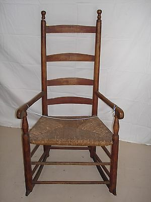 Early Antique Rocking Chair (18th C)