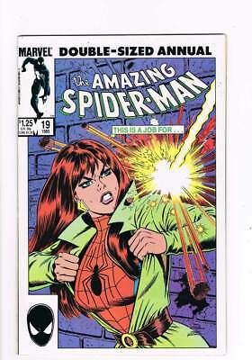 Amazing Spider-Man Annual # 17 Heroes and Villains ! grade 9.0 scarce book !!