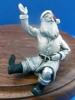 Hudson Pewter Villagers 1989 ANNUAL SANTA seated/waving #4931