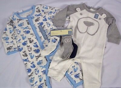Baby Gap Boys 6 - 9 Months SET OF 2 One Piece Creepers & Matching 4 Pack Socks
