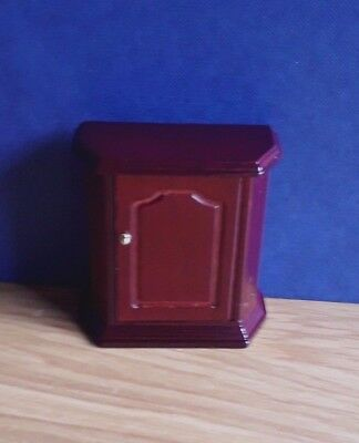 Dolls House Furniture:   Small Wooden Cabinet in mahogany finish : 12th scale