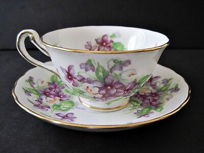 Royal Chelsea Bone China Violets Tea Cup And Saucer Gold Trim England