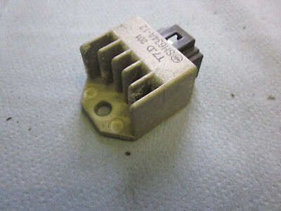 Gleichrichter Spannungsregler Honda X8R-S/1998-2002/Rectifier voltage regulator