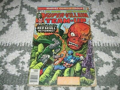 Super-Viliain Team-Up Vol.1 Issue 10 - Feb. 1977 - acceptable condition