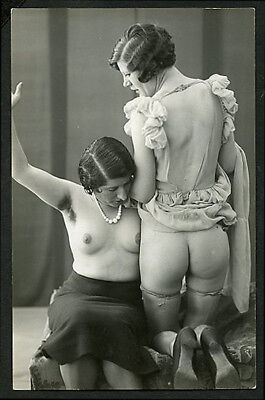 French OSTRA Studio NUDE Two FEMMES Submissive POSE #4 1920s ~ PARIS Latest!