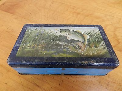 RARE !! Vintage Metal TIN Pocket TWO SIDED Tackle Box LEAPING Bass FLY FISHING