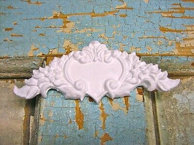 Shabby N Chic Heart Crest ( 2 Pc ) * Furniture Appliques/ Crafts