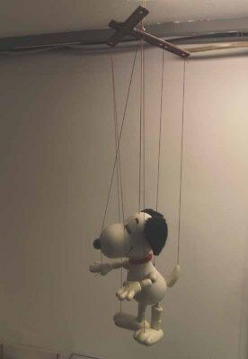 Marionette Pelham Puppets Snoopy