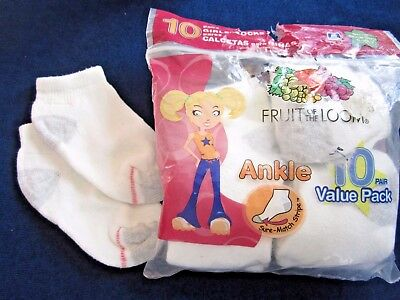 8 NEW PAIR Size S shoe size 6 -10 1/2 Fruit of the Loom Ankle SOCKS White Cotton