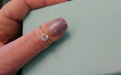 Very dainty Solid Sterling Silver and Clear Gem Solitaire Ring 925 K-L