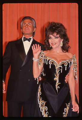 35mm vintage slide* 1989 Golden Globe Award JOAN COLLINS * GEORGE HAMILTON *