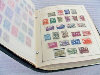 BULGARIA, Excellent Stamp Collection(3000+) hinged/mounted on Scott Internationa