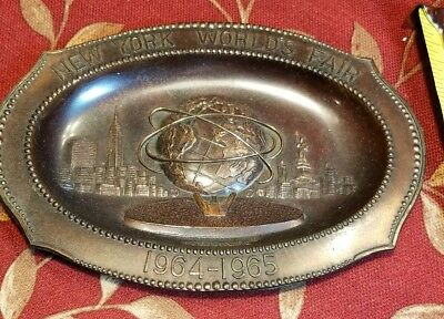 Original 1964 1965 New York World's Fair Unisphere Cast Metal Ash Tray NYWF