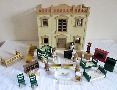 Vintage 1987 Sylvanian Families Country Manor House , Furniture and Figures