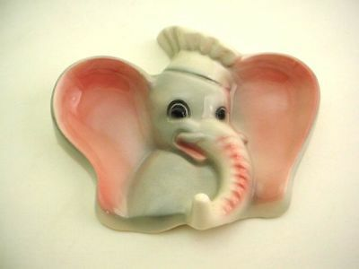 VINTAGE ELEPHANT COOKING CHEF HANGING FIGURINE HOOK circa 1950s