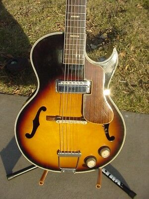 1960's ? Hollowbody F-Hole Sunburst Electric Guitar Made in Japan New Strings NR
