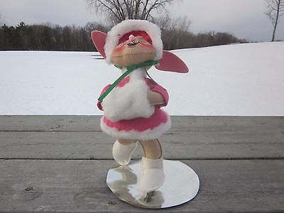 Annalee Doll Girl Rabbit Ice Skating Pink Outfit with Muff  1991 BC4