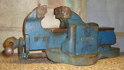 RECORD No.22 LARGE BENCH VICE WITH QUICK RELEASE IN GOOD USED CONDITION ~ 1970's