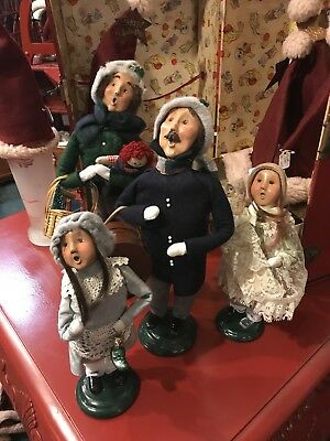 Byers' Choice Ltd THE CAROLERS Lot Of 4 Christmas Figures 1999 Family