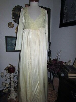Vintage Yellow Gilead Classic Lace vtg Peignoir Robe & Nightgown S Lingerie
