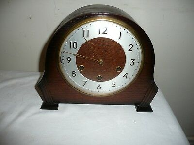Antique Smiths ,Westminster Chimes Mantle Clock in Very Good Condition.